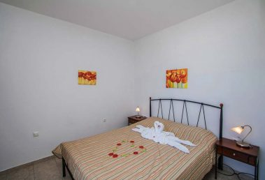 Hotel in Milos Akrothalassia – Rooms 2