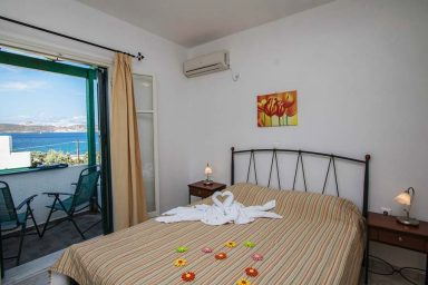 Hotel in Milos Akrothalassia – Rooms 5
