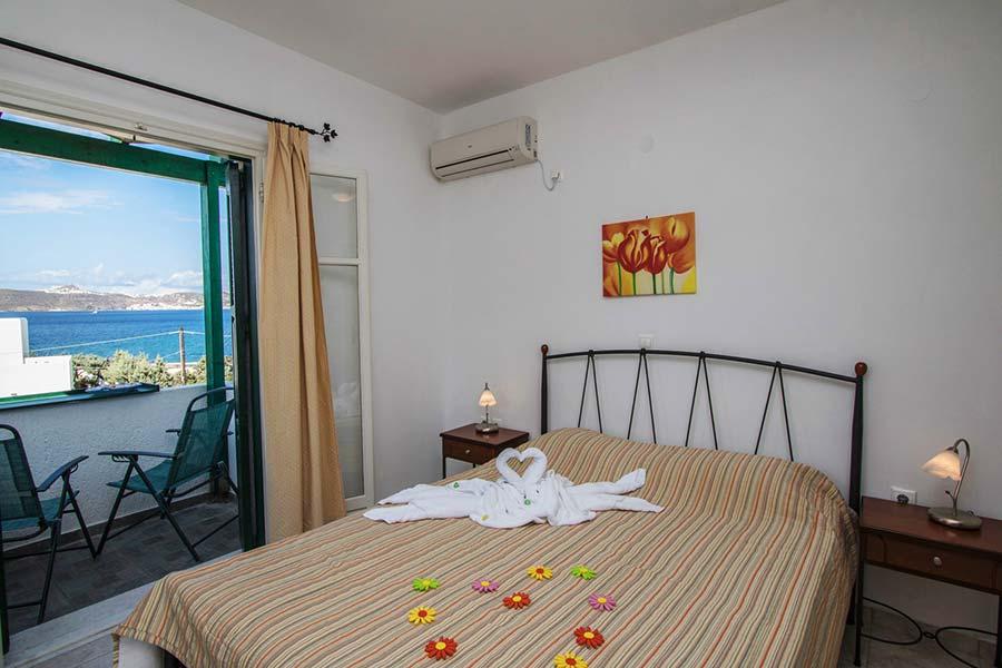Hotel in Milos Akrothalassia – Rooms 5