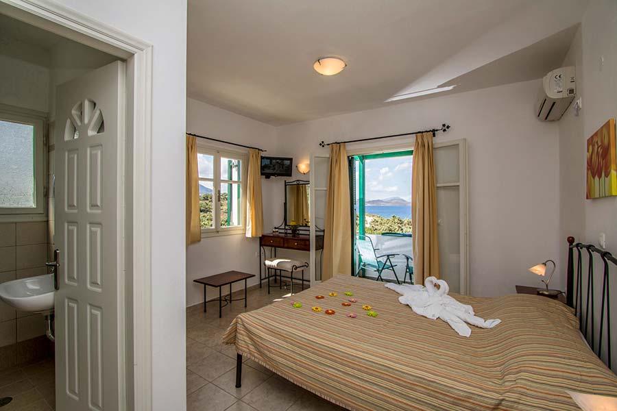 Hotel in Milos Akrothalassia – Rooms 7