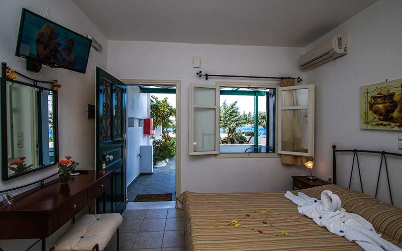 Photo Gallery – Hotel in Milos 17