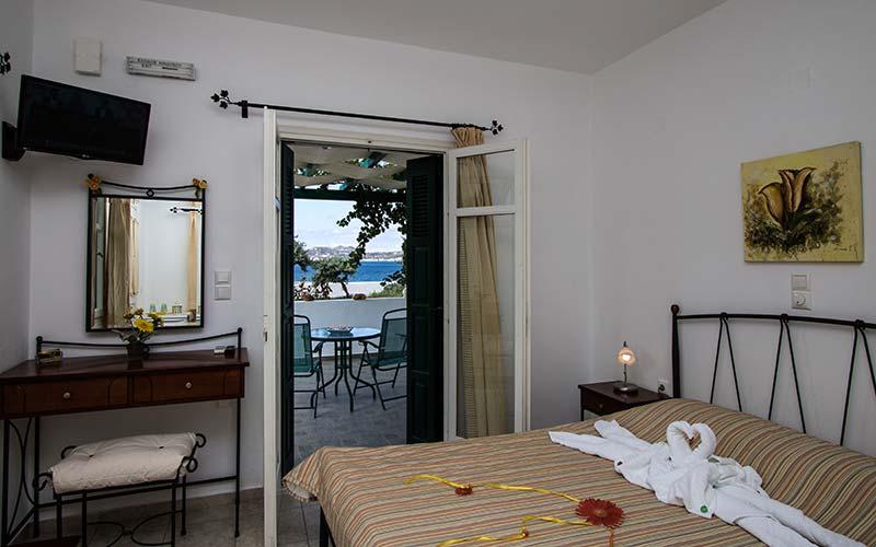 Photo Gallery – Hotel in Milos 28