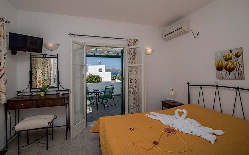Photo Gallery – Hotel in Milos 40