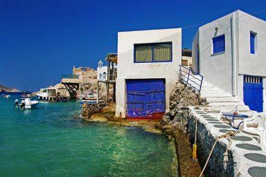 Akrothalassia Hotel in Milos 7