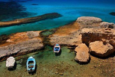 Akrothalassia Hotel in Milos 9